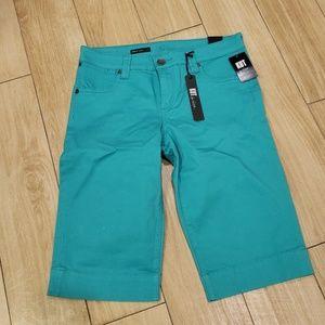 Womans Bermuda shorts